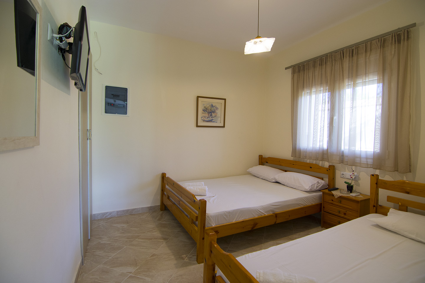 Rooms for rent in Nea Brasna